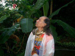 Bartho, buscando no silêncio da Natureza> a voz de DEUS - o Senhor de todo Universo!